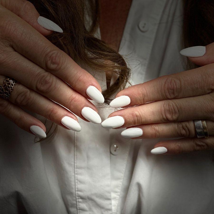 Hvide kunstige negle vejle bedste